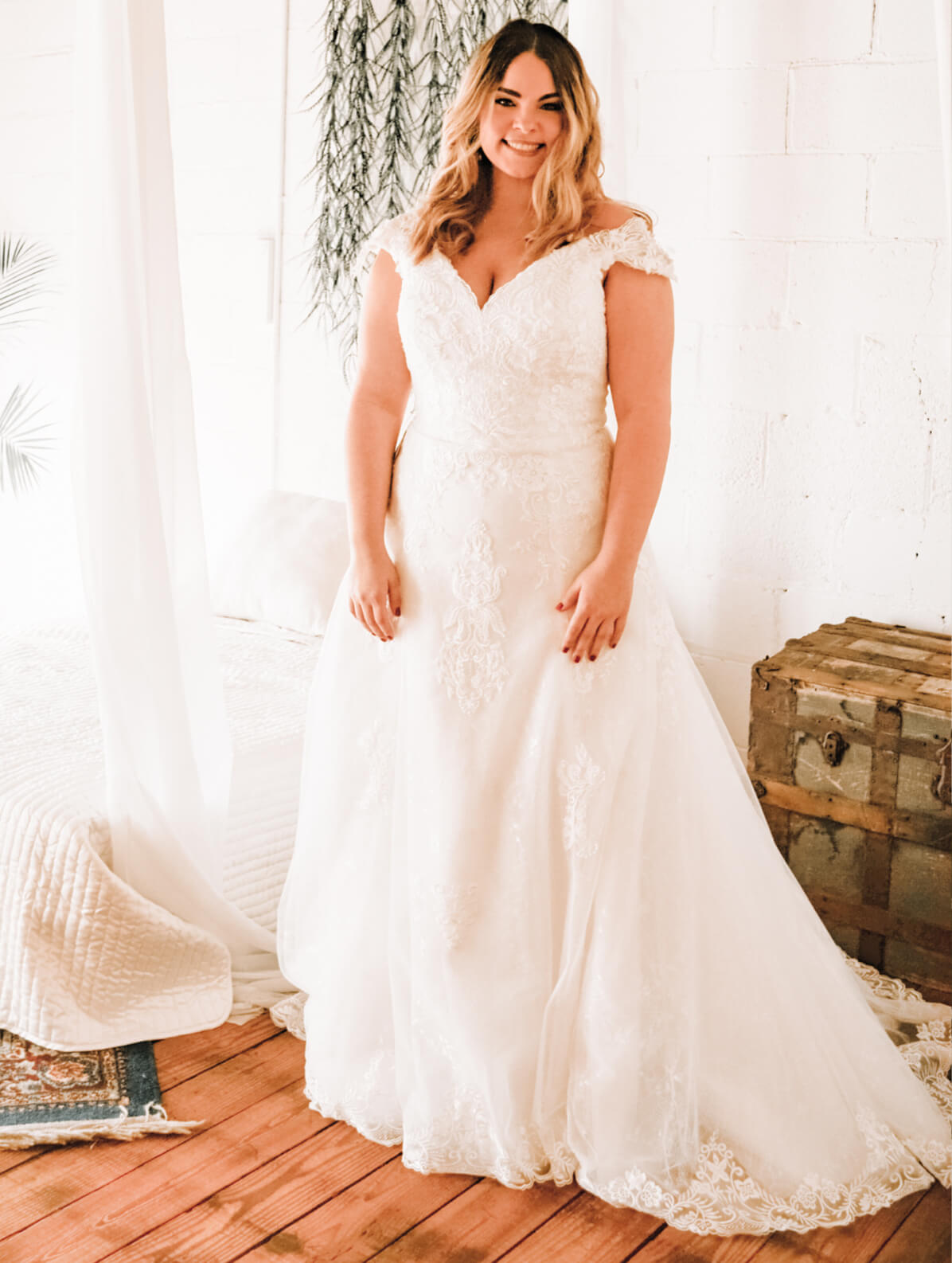 Blonde in White Pronovias Dress