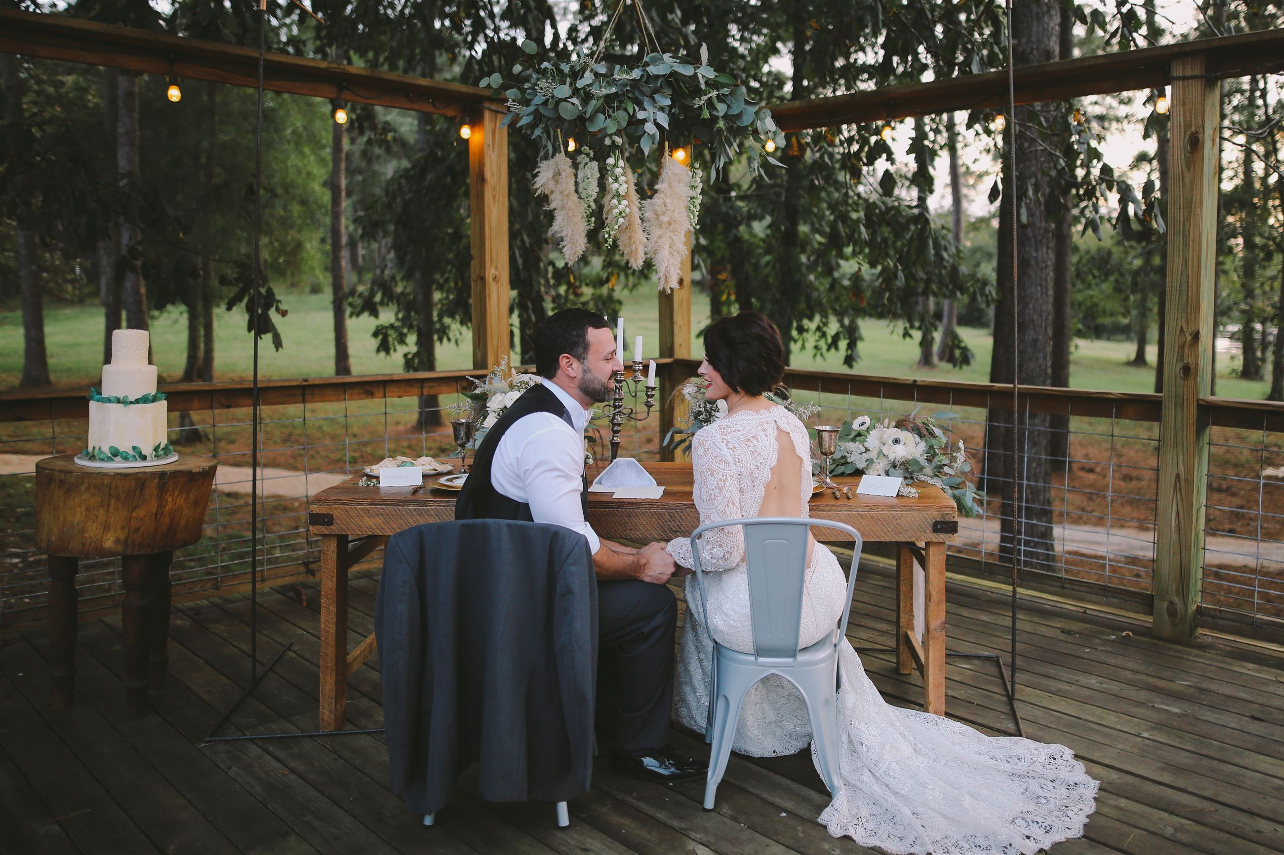 Things to Consider When Selecting a Wedding Venue Image